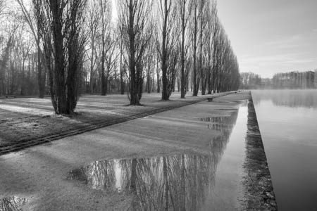 Stepping in the Water · Parc de Sceaux · France · 2016